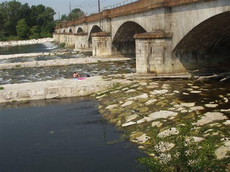 portata di un fiume confronto della portata fiume ticino nov2002 lug2003