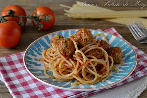 mostro di spaghetti volante spaghetti pastafariani una ricetta e una storia particolare