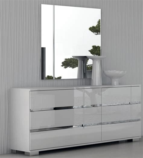 gloss white bedroom furniture select the white gloss furniture to enhance your home s look pickndecor