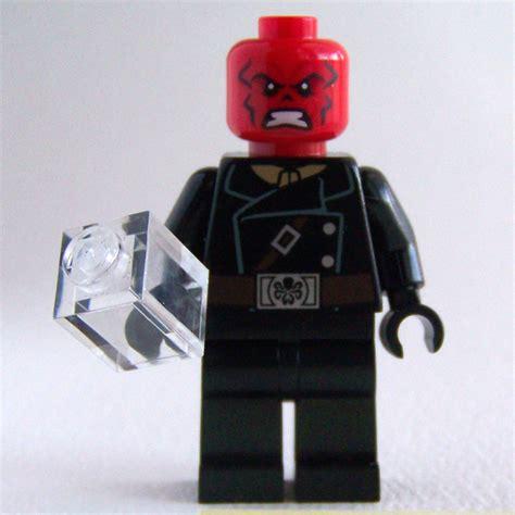 Lego Skull 01 cavort march 2014