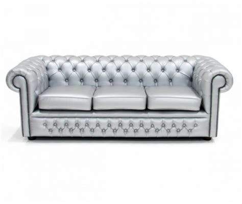 silver chesterfield sofa 3786a0afe50341d5c121bfcaffc81a49
