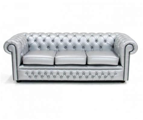 silver chesterfield sofa silver chesterfield sofa 3786a0afe50341d5c121bfcaffc81a49