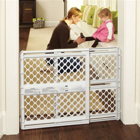 Banister Safety North States Easy Swing And Lock Gate 28 68 Quot 47 85 Quot Top