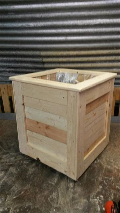 easy pallet planter box 99 pallets