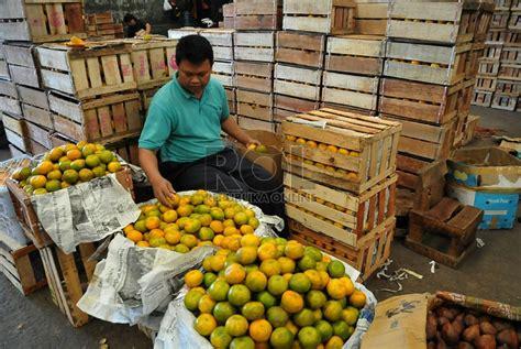 Kerang Di Pasar Kramat Jati dinihari tiga menteri blusukan ke pasar kramat jati