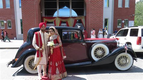 Vintage Wedding Car Services   A Stylish Arrival