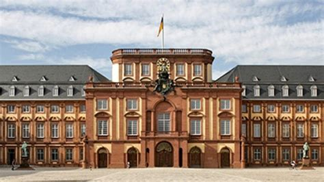 Mba Colleges In Germany by Welcome To Germany S 1 Business School Gt Mannheim