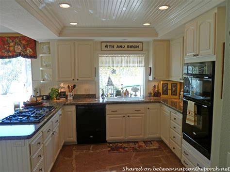 Beadboard On Kitchen Cabinets Kitchen Renovation Great Ideas For Small Medium Size Kitchens