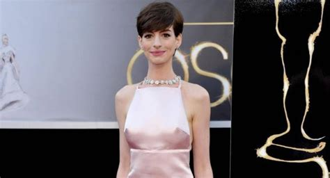A Closer Look At The Oscars Hathaway by Hathaway S Hubby Thought Oscars Dress Made