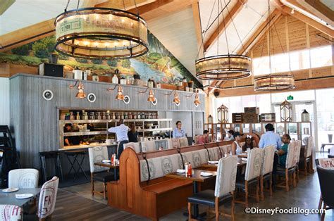 homecoming kitchen review chef art smith s homecoming florida kitchen and southern shine at disney springs the