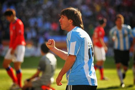 messi biography in hindi all photos gallery biography on lionel messi
