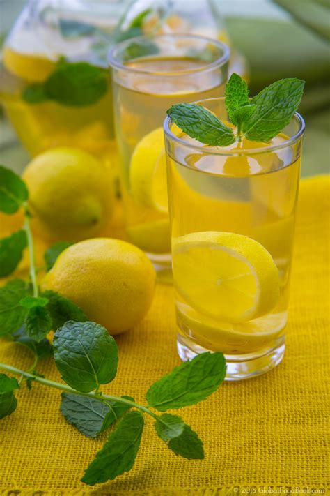 Lemon Boiling Water Detox by Lemon And Mint Detox Water