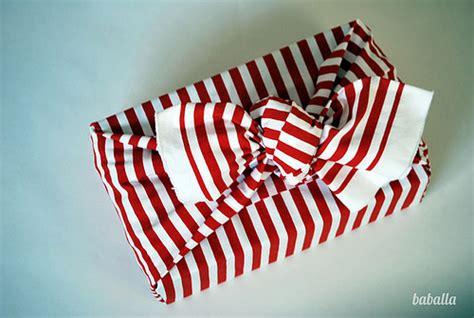 nudo de globo sin esquinas diy furoshiki para envolver tus regalos empaquetar