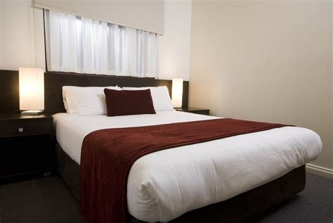 2 bedroom apartments adelaide 2 bedroom apartment 66 sqm franklin central apartments