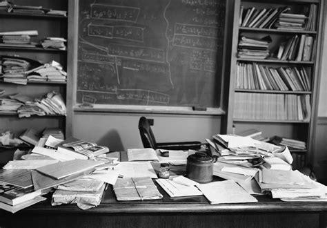 albert einstein room defining creativity einstein s cluttered desk