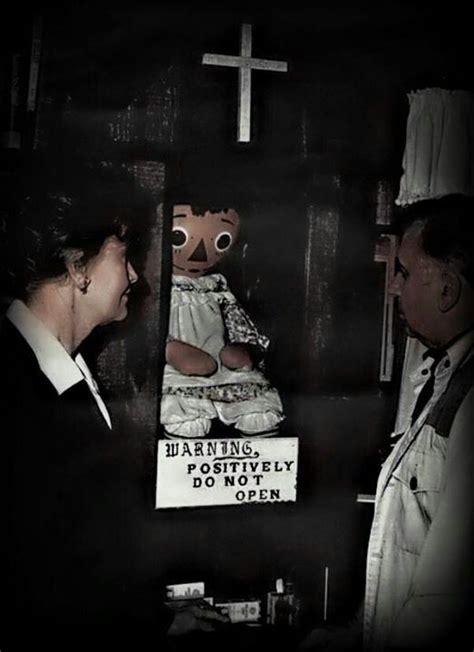 biography of movie the conjuring ed and lorraine warren with annabelle ghost hunters