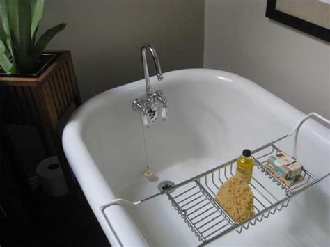 How To Clean A Cast Iron Bathtub by How To Clean Bathtubs From Cast Iron Useful Reviews Of