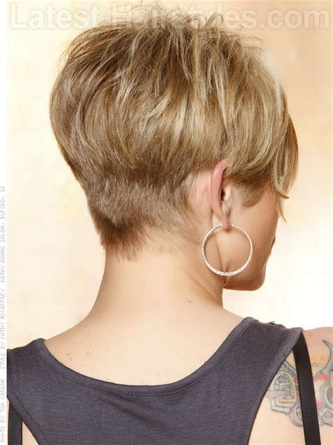 back of head showing a wedge hairstyle short pixie haircuts back of head hair pinterest