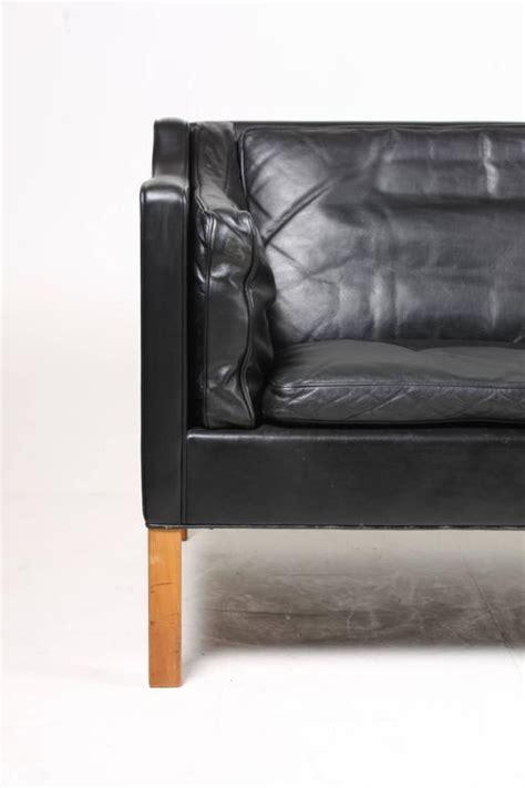 sofa maßanfertigung b 248 rge mogensen sofa in black leather for sale at 1stdibs