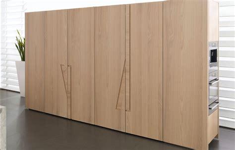 armario cocina cocinas ocultas en un armario perfectas para hogares peque 241 os