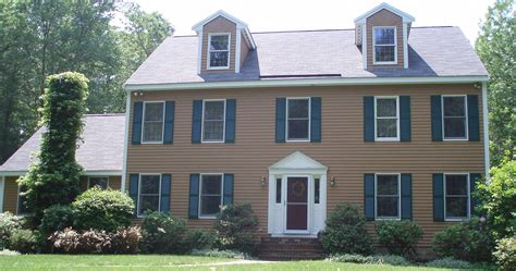 house painters north shore a house of a different color how to choose the shade of your homes exterior