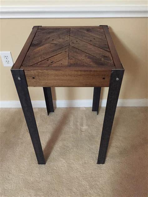 diy wood end table diy pallet wood chevron end table pallet furniture plans