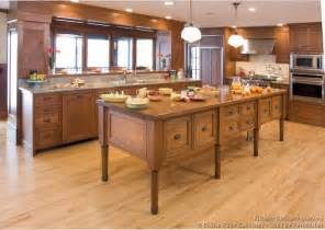 wood kitchen cabinets with wood floors pictures of kitchens traditional light wood kitchen cabinets kitchen 124