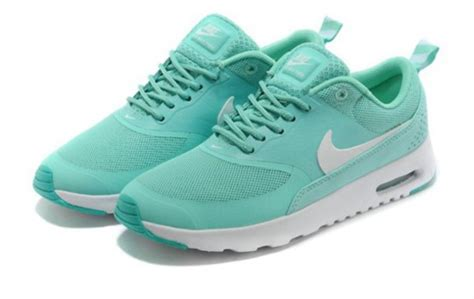 mint green nike sneakers shoes sneakers nike nike shoes bleu green mint green