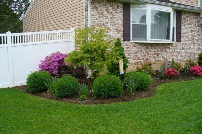 Small Home Front Yard Landscaping Ranch Landscaping Ideas On Ranch House