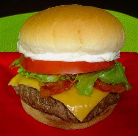 cheeseburger recipe 25 best ideas about secret recipe on pinterest kfc