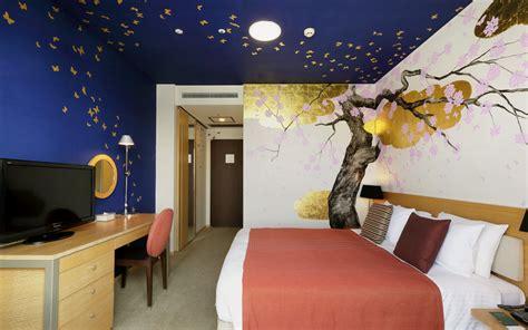 artist designed interiors art hotel bedroom designs artist room queen tokyo hotel park hotel tokyo
