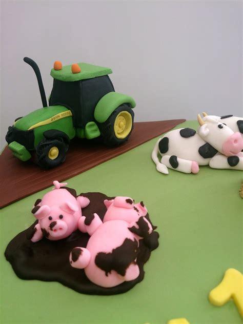 Novelty Birthday Cakes by Farmers Novelty Birthday Cake 171 Susie S Cakes