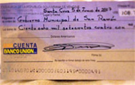 banca unione finanzas y banca marzo 2013