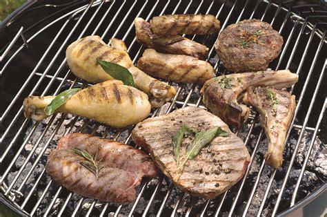 come cucinare carne alla brace come cucinare la carne alla griglia sale pepe