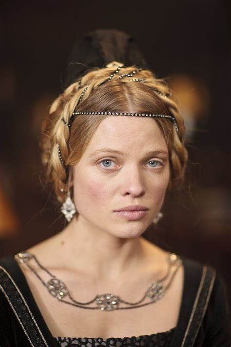 melanie thierry hollow crown m 233 lanie thierry as catherine of valois the hollow crown