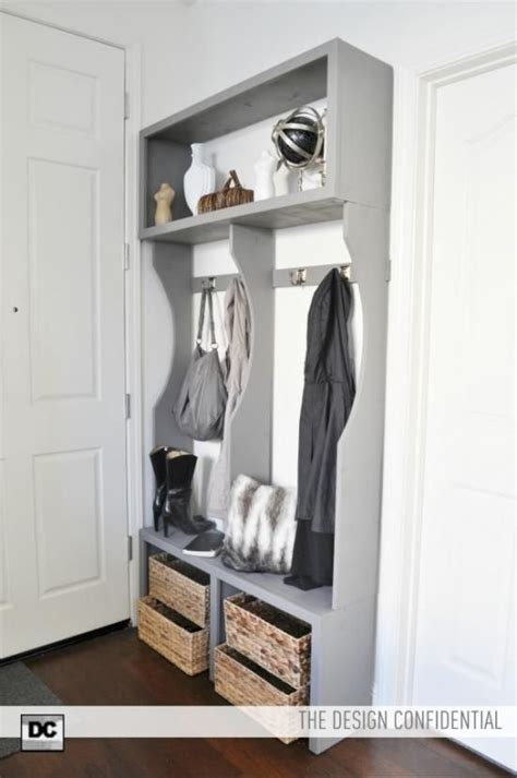 free woodworking plans for a mud room bench