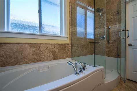 Custom Tub Shower Combo by 11 Best Images About Alair Homes Nanaimo Bradbury Custom