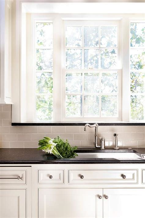 ivory subway tile backsplash ivory kitchen cabinets with granite quicua