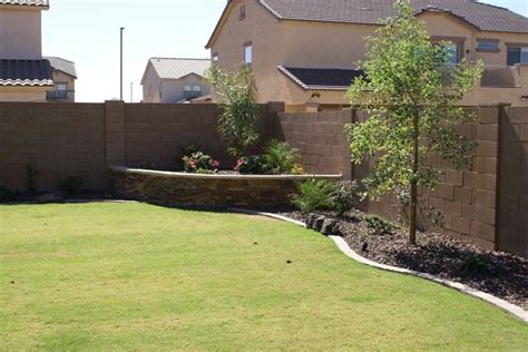 Arizona Backyard Landscaping Ideas by 25 Best Ideas About Arizona Landscaping On