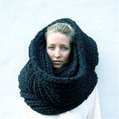 lydeeah a snood the winter must