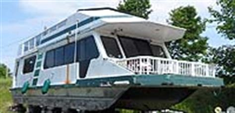 catamaran boats for sale in ontario 43 foot three buoys houseboat for sale in the lindsay area