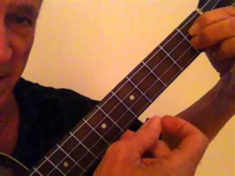 lessons jazz ukulele playing jazz uke 1 funnydog tv
