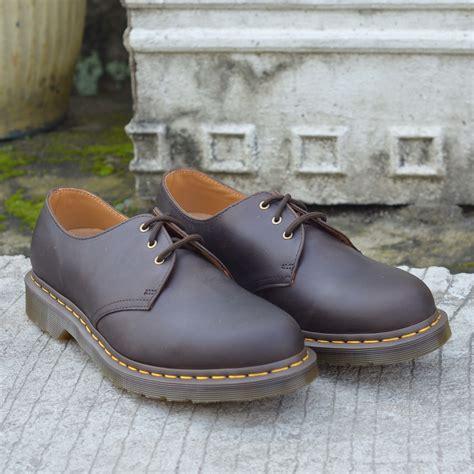Sepatu Dr Martens Low Leather 05 jual dr martens 1461 gaucho 9uk 43eu