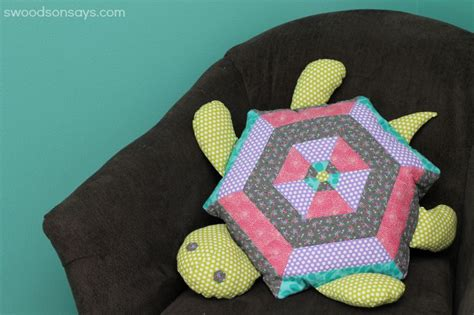Patchwork Animal Patterns - quilted turtle stuffed animal pattern seams and scissors
