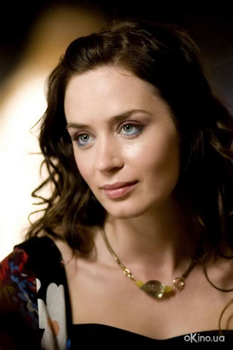 actress emily english actress emily blunt hairstyle trendy hairstyles 2014