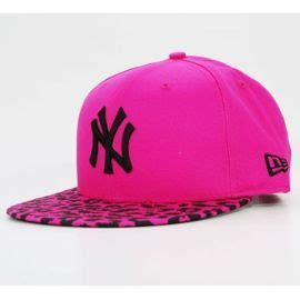 Topi Snapback Vans Of The Wall 57 best images about casquette on leather