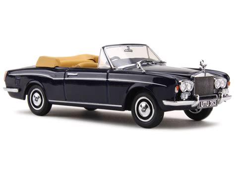 rolls royce corniche cabrio rolls royce corniche cabriolet 1972 oxford 1 43