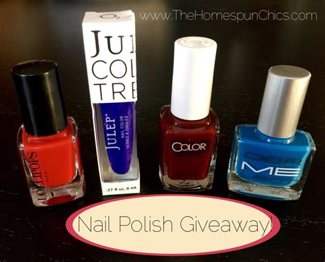 Nail Polish Giveaway - winter wonders giveaway hop win 4 bottles of nail polish the homespun chics