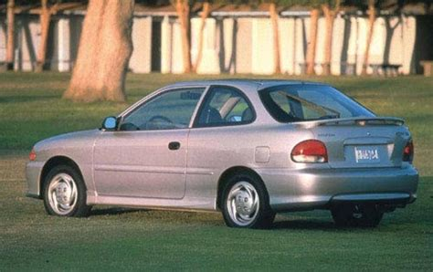 99 Hyundai Accent by 1999 Hyundai Accent Information And Photos Zombiedrive