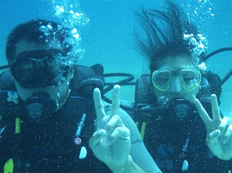 diving hairstyles underwater scuba diving
